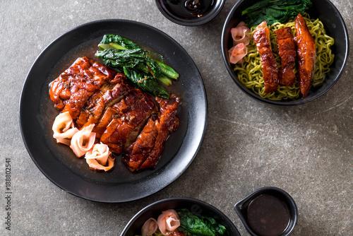 Poster Pekin roasted duck on table