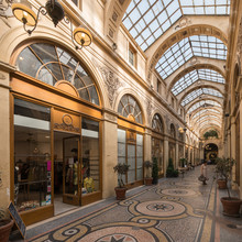 Einkaufspassage Der Galerie Vi...