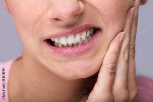 Fotografia  Young Woman Suffering From Toothache