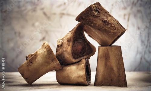 Rinder-Markknochen