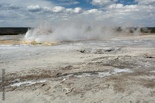 Fotografie, Obraz  Gushing geyser on mineral plain