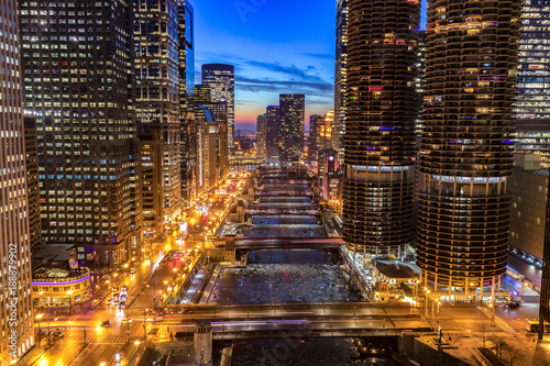 Poster Chicago Chicago downtown evening skyline