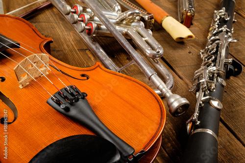 Fototapeta instrument in wood background