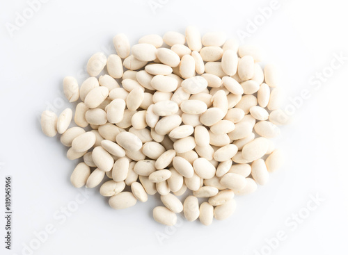 grop white bean  isolated