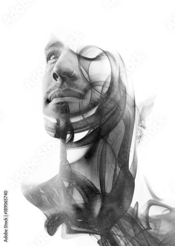 portret-wykonany-przy-pomocy-podwojnej-ekspozycji-meskiej-twarzy-i-dymu