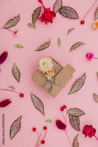 handmade gift box and plant leaves and flowers Canvas-taulu