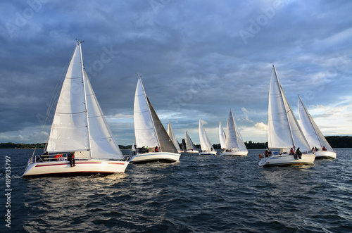 Tela Regatta, Segeln, Yachten, Wettfahrt, Wasser, Himmel, Segelyacht