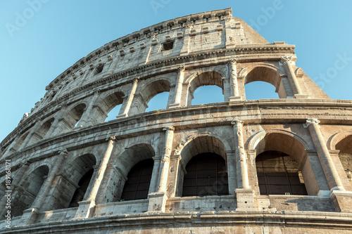 Fotobehang Oude gebouw Colosseum in Rome. Italy.