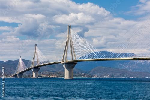 In de dag Rio de Janeiro View of suspension bridge Rio-Antirio in Greece