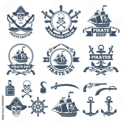 Fotomural Vintage nautical and pirates labels