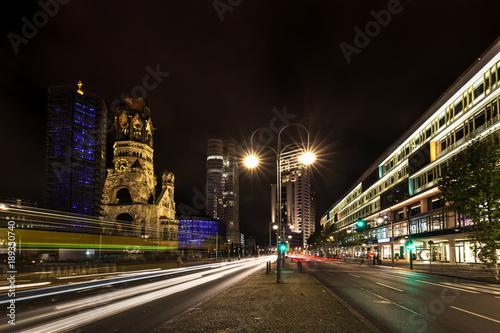 Berlin an der Gedächtniskirche bei Nacht