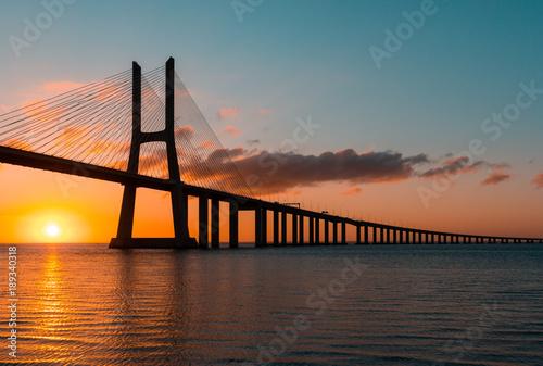 Photo  Vasco da Gama Bridge at sunrise, Lisbon, Portugal
