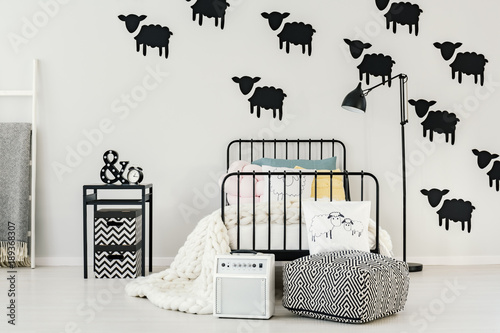 Obraz Sheep stickers in bedroom interior - fototapety do salonu