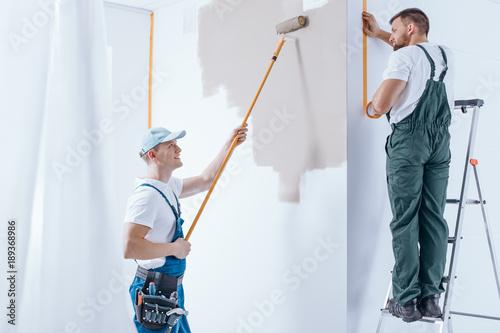 Fotografie, Obraz  Home renovation crew