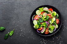 Healthy Vegetable Salad Of Fre...