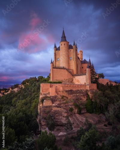 Vistas al Alcázar de Segovia al atardecer