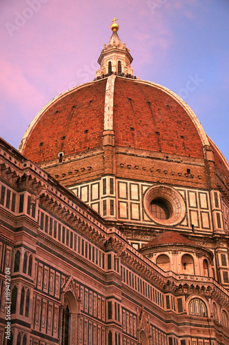 Fotografie, Obraz  Looking up at the dome of the cathedral in Florence, Italy