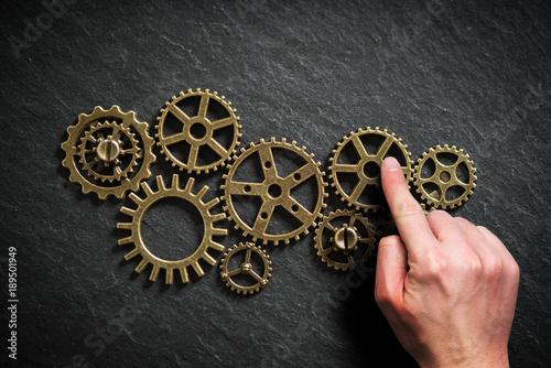 Fotografía  Zahnräder als Symbol für komplexe Organisationen und Teamwork