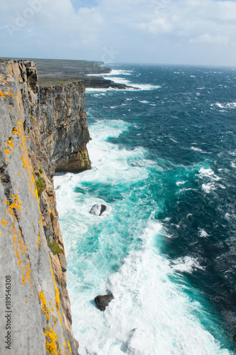 Photo The Cliffs of Aran, stretching the entire western side of Inis Mor Island are dramatic and beautiful cliffs with spectacular views