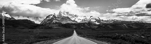Photo Stands Gray traffic Cerro Fitz Roy - Argentina El Chalten Trilha