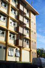 Photo Of A Flat Outside View