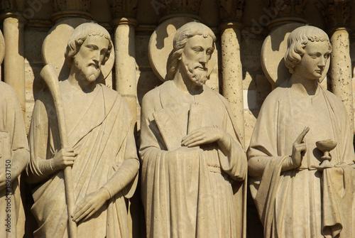 Cadres-photo bureau Commemoratif Apôtres de Notre-Dame à Paris, France
