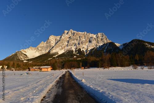 фотография  Alpenglühen an der Zugspitze von Ehrwald (Tirol) aus