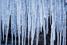 Row Of Big Frosty Icicles In N...