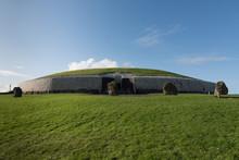 Newgrange Thomb In Ireland