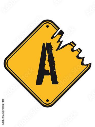 A Warnung Gefahr Schild Kratzer Alt Straßenschild Achtung Hinweis