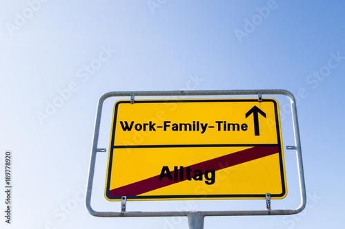 Foto  Arbeit-Familie-Zeit