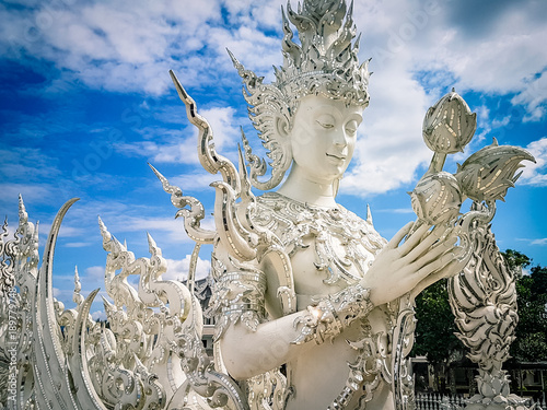 Spoed Foto op Canvas Bedehuis The White Temple in Chiang Rai Thailand South East Asia