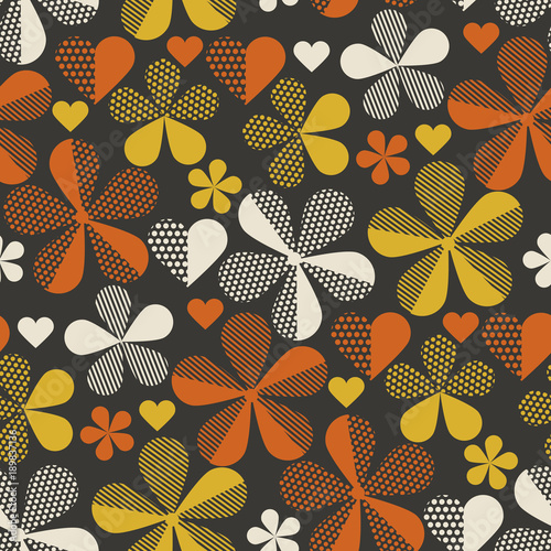 Motiv-Fußmatte - Retro orange and yellow color 60s flower motif. Geometric floral seamless pattern.  vector illustration (von galyna_p)