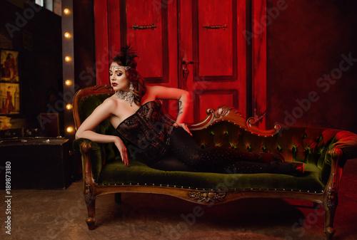 Photo  Pretty sexy girl in cabaret