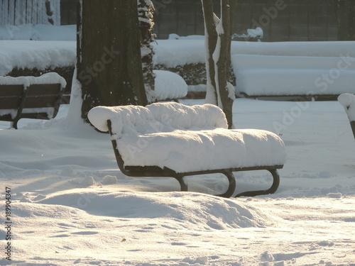 雪のソファー
