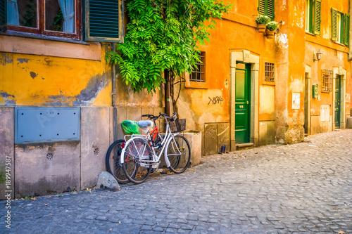 ulica-w-trastevere-rzym-wlochy
