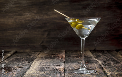 Foto op Canvas Alcohol Martini with olives.