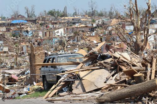 Photo EF-5 Tornado Storm Total Distruction Destroyed Landscape