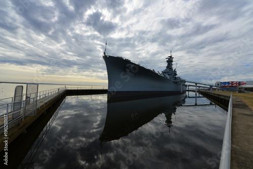 Fotobehang Pier A Dakota class Battleship in Alabama