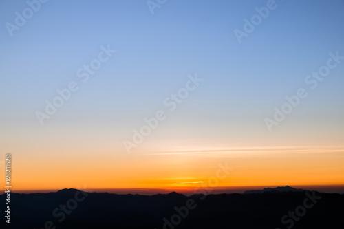 Fototapeta orange to purple gradient sky