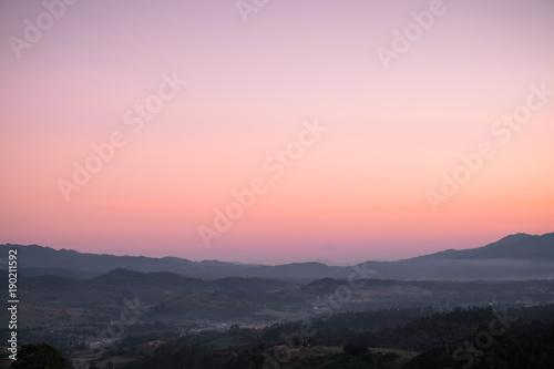 Obraz na plátne orange to purple gradient sky