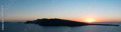 Spoed Foto op Canvas Zee zonsondergang Sunset on sea panorama