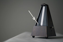 Monochromatic Metronome In Act...