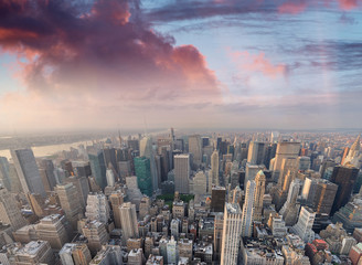 Obraz New York City, USA. Amazing aerial Manhattan view at sunset