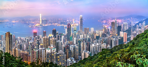 Montage in der Fensternische Hongkong Skyline of Hong Kong from Victoria Peak
