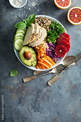 Fototapeta Healthy lunch bowl with chicken and quinoa obraz