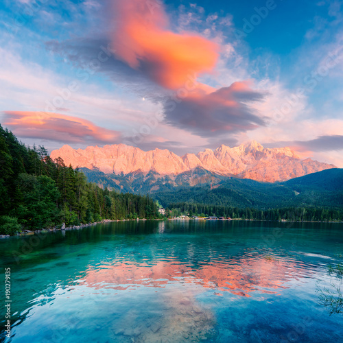 Deurstickers Alpen Fantastic sundown on mountain lake Eibsee, located in the Bavaria, Germany. Dramatic unusual scene. Alps, Europe. Landscape photography