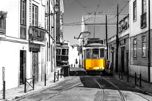 Fotografía  Yellow tram on old streets of Lisbon, Portugal, popular touristic attraction and destination