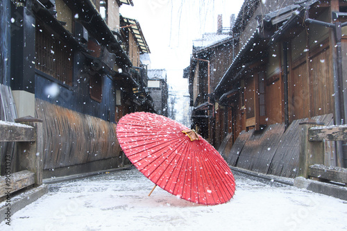 Fotografie, Obraz  雪景色~和傘~