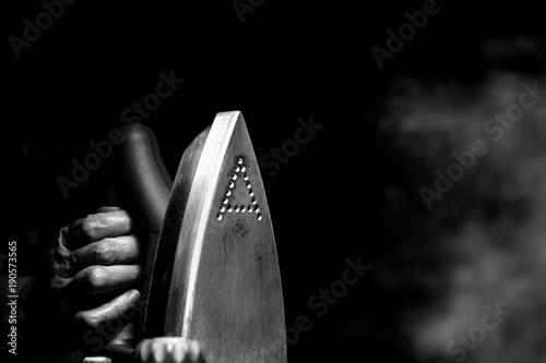 Fotografie, Obraz  The Iron: chiaroscuro version